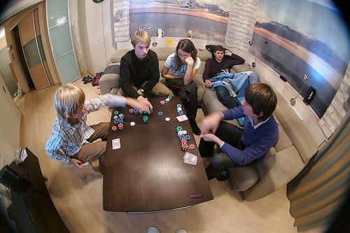 Начало игры в Покер